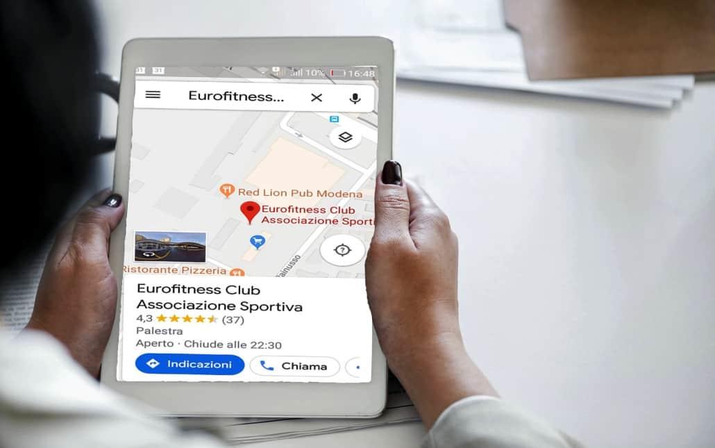 Virtual tour street view business, virtual tour 360, foto 360, immagine di tablet