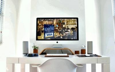 Immagine di scrivania con modello di imac
